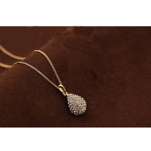Pendant Necklace With Diamantes - Gold