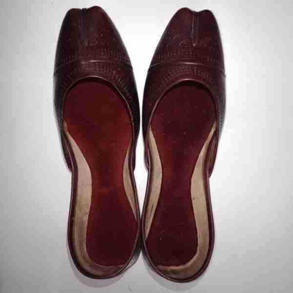 Maroon Leather Khussa Shoes - Non Slip