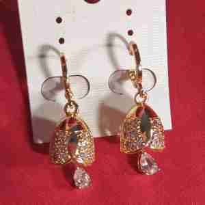 Golden Drop Ear Ring Zircon Quality