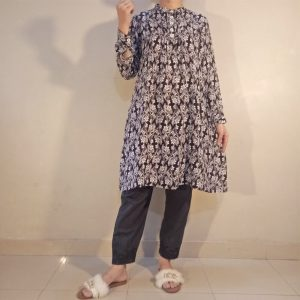 Linen - Printed Kurti With Front Pleats and Bottons - Black White