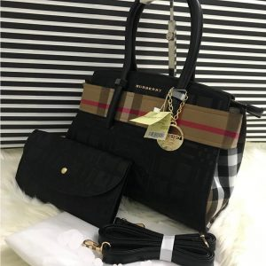 AAA Quality Branded Burberry 2 Peice Bag With Burberry Keychain - Black