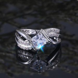 Diamantes Ring For Women Silver