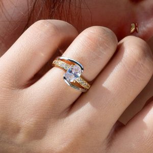 2 Tone - Silver Rose Gold Ring - With Diamantes - 1 Carat