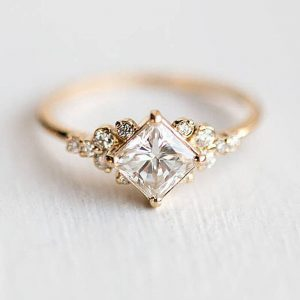 Rose Gold Zircon Ring With Diamantes Glowing