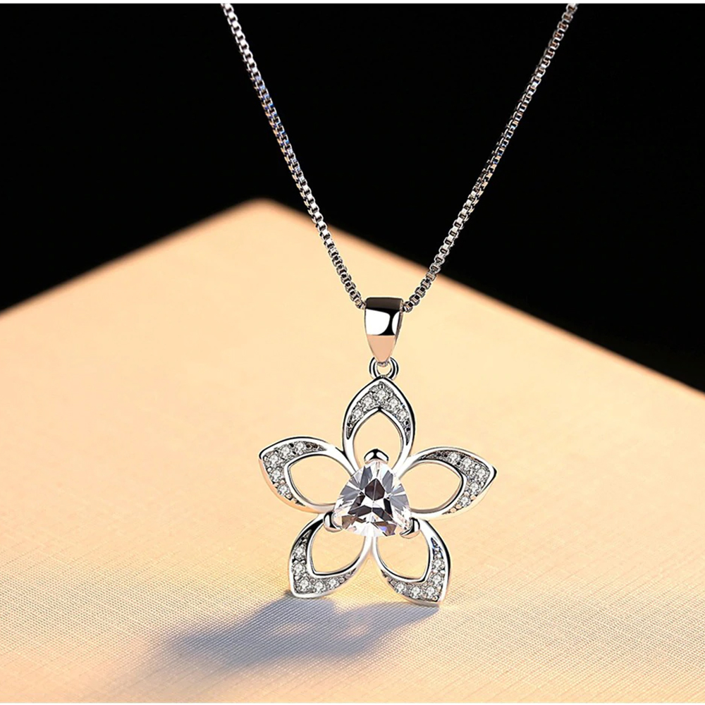 AAA Zircon - Floral Necklace For Women - Silver