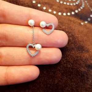 AGE0026 - Silver Sparkling Crystal Pearl Heart Earring