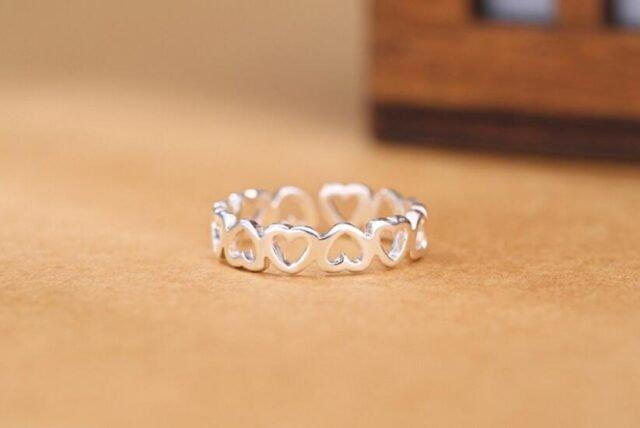 Adjustable silver Hearts Ring