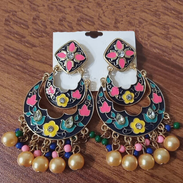 Drop Earring Multi With Pearls
