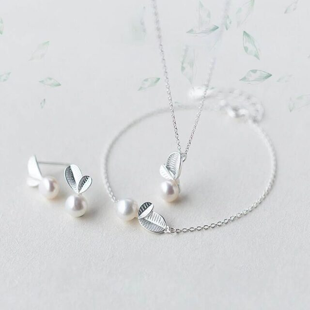 Earring And Necklace and Bracelet Set